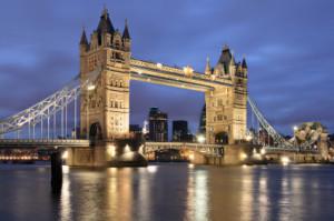 LONDON NIGHT TOWER BRIDGE
