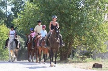 horse riding carcassonne