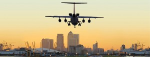 LondonCityAirport-cityjet-plain arriving-skyline