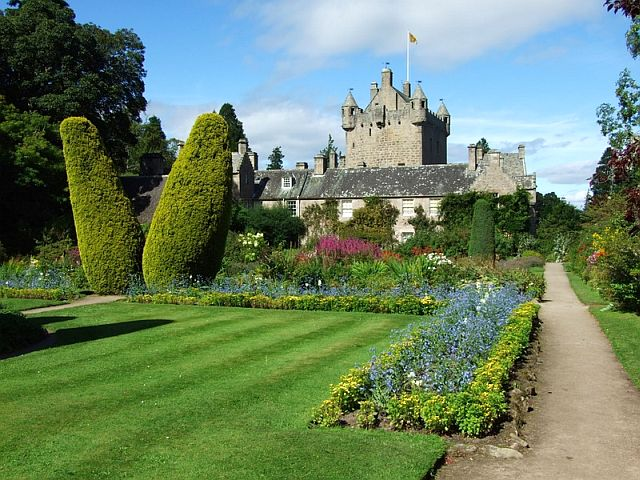 macbeth's cawdorcastle