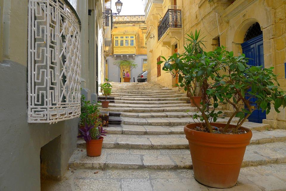 Gozo alleys